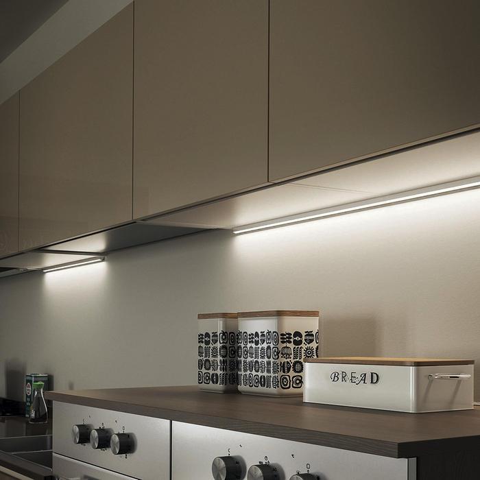 Scegliere luci led per mobili da cucina a mestre venezia anche su misura - Illuminazione sottopensile cucina ...