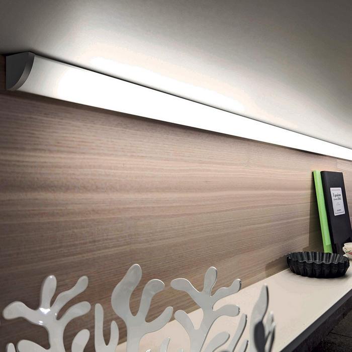 Scegliere luci led per mobili da cucina a mestre venezia anche su misura - Luci a led per cucina ...