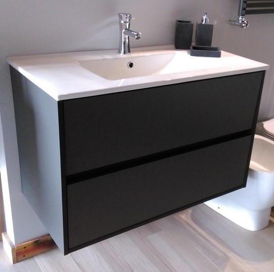 Outlet arredo bagno cucina pavimenti e rivestimenti for Mobili bagno design outlet