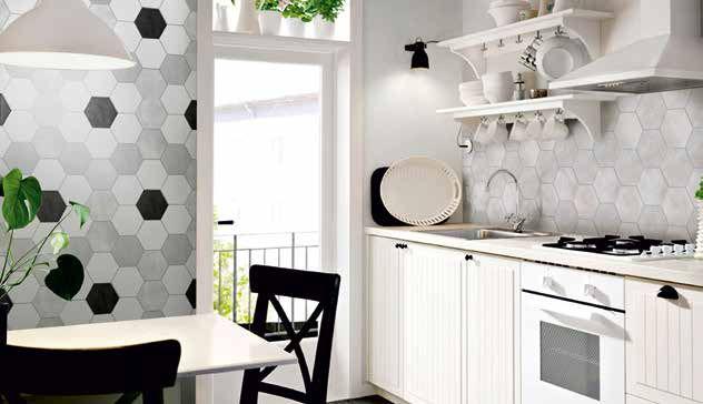 Piastrelle bianche cucina foto e idee per bagni con for Piastrelle cucina disegnate