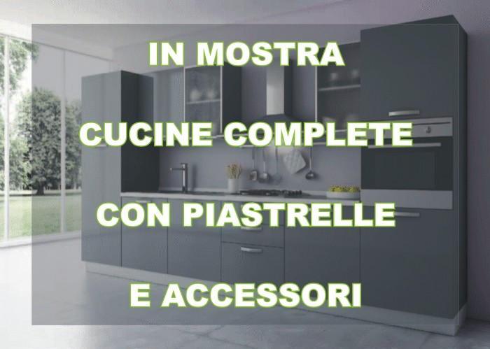 Allacciamenti cucina costo confortevole soggiorno nella casa - Costo top cucina ...