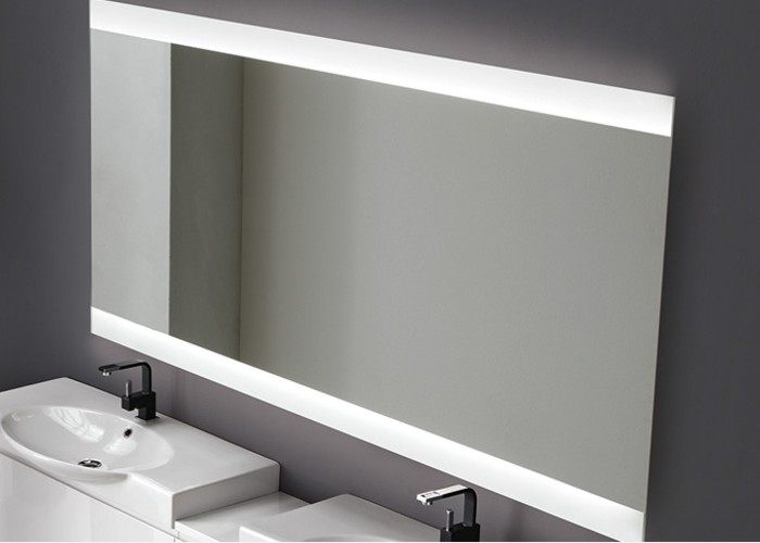 Specchi bagno nuovi modelli di design for Specchio bagno led integrato