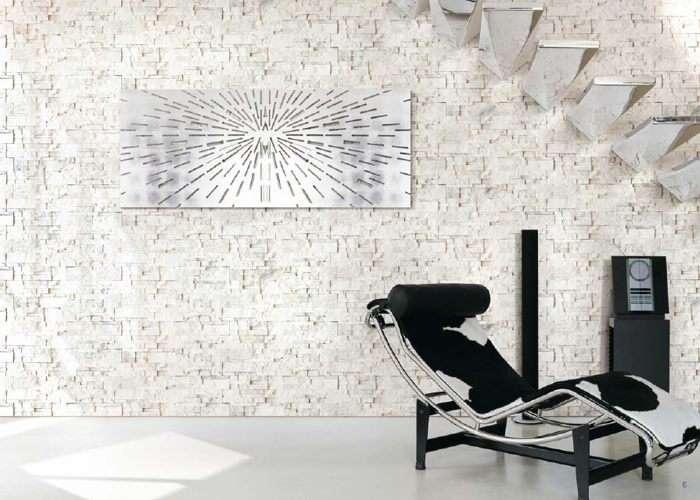 Pietra bianca usata per rivestire pareti e muretti.