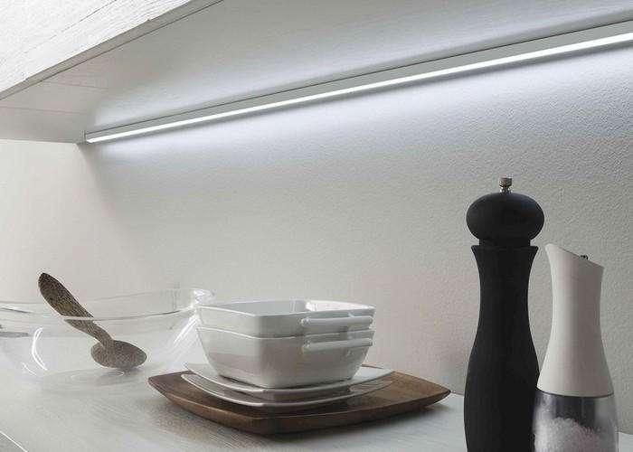 barra luci led per mobili da cucina