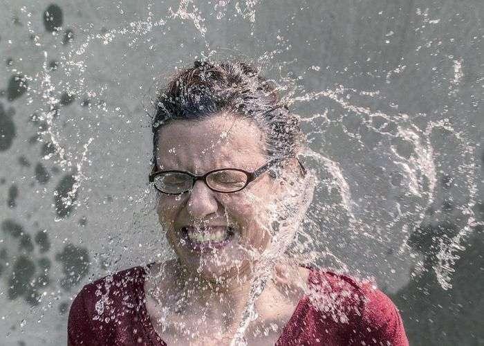 lavarsi con acqua fredda